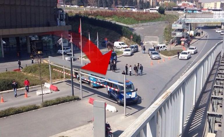 İstanbul Bakırköy'de ki Marmara Forum AVM'ye Zabıta Baskını