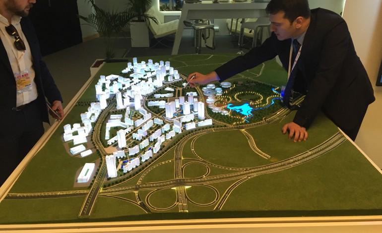 TOKİ, şehir merkezlerini rahatlatmak için yeni bir model geliştirdi.