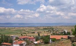 Köyünü taşıyana hem ev hem de tarım arazisi