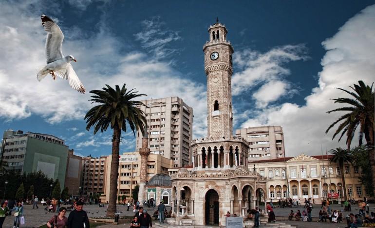 İzmir, Konut Fiyat Artışında İstanbul'u Geride Bıraktı