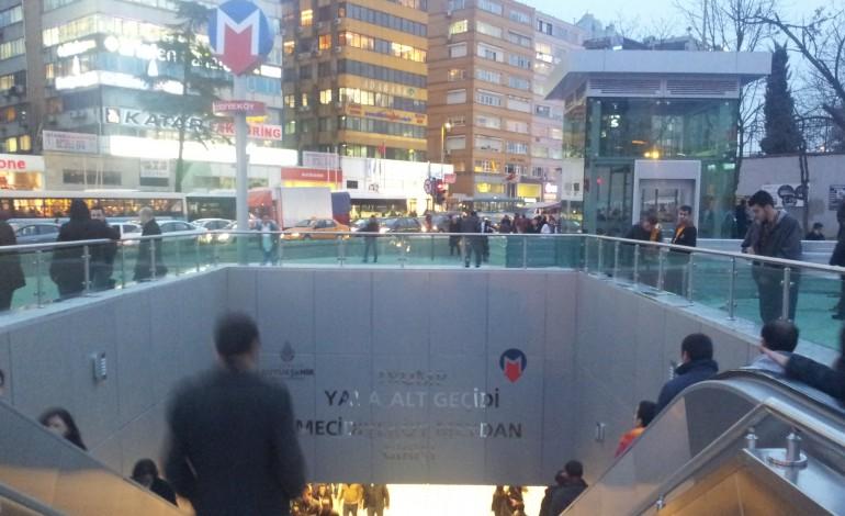 İstanbul trafiğinde 410 gün sürecek metro inşaatı çilesi