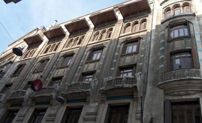 Karaköy'de ki Tütün Han Satılıyor
