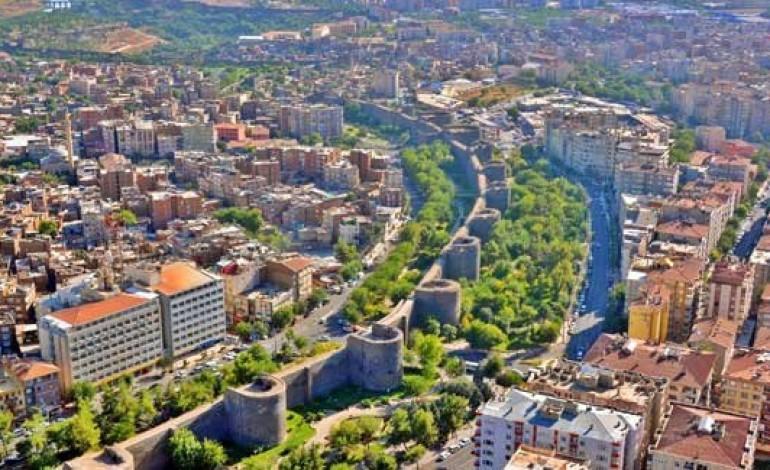 Diyarbakır'ın Sur İlçesi 4 Milyar Dolarla Yenilenecek