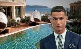 Ronaldo Monte Carlo'da Otel Aldı