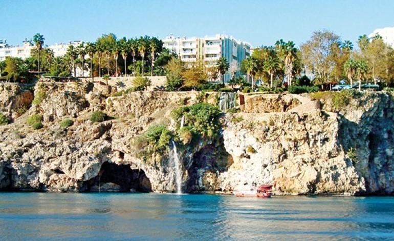 Antalya'nın simgelerine kafe, tesis alanı inşa edilebilecek