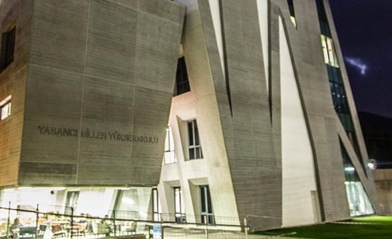 İzmir Ekonomi Üniversitesine Tasarım Ödülü