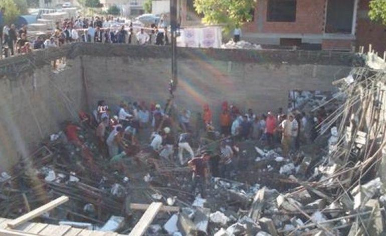 Mersin'de havuz inşaatı çöktü: 1 işçi enkaz altında kaldı