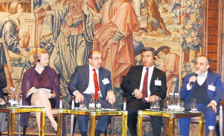 Türk-Alman Yatırım Zirvesi Frankfurt'ta yapıldı