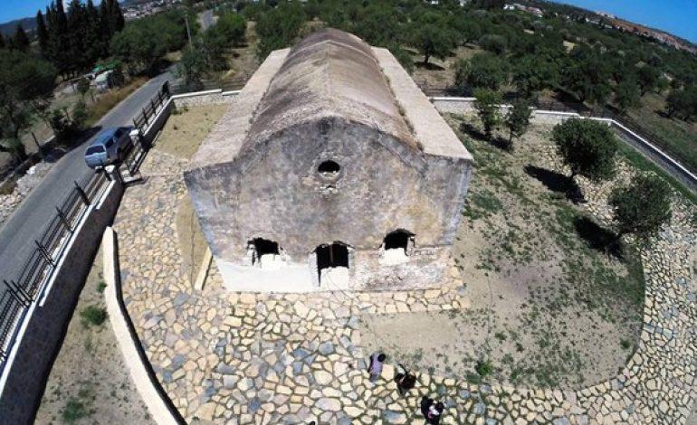 Tarihi kilise, kültür evi oluyor