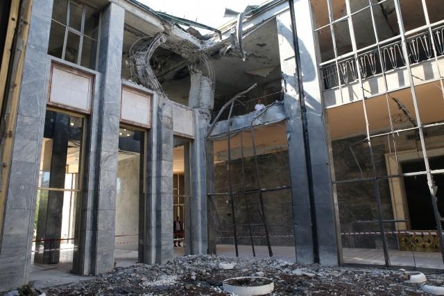 tbmm binası saldırı resimleri