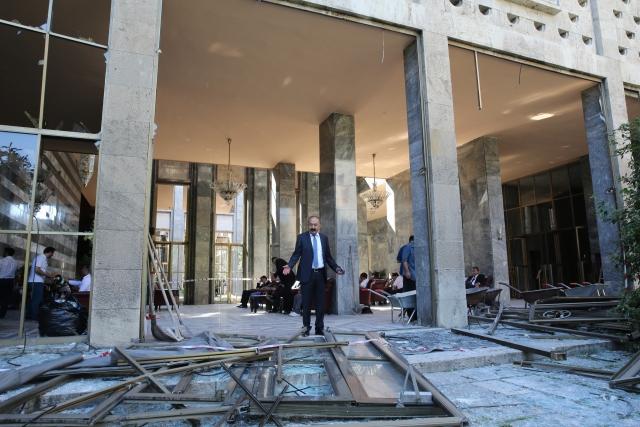 tbmm binası saldırı resimleri2
