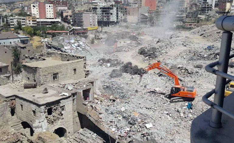 Şırnak ve Silopi'de inşaat ve hafriyat işleri devam ediyor