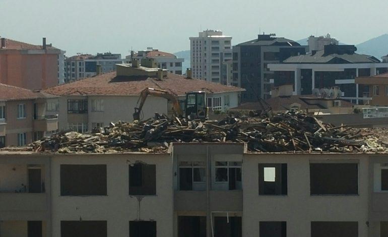 Her gün 50 ev yıkılıyor