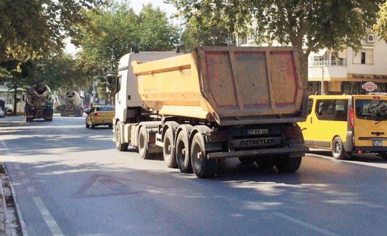Kadıköy Kentsel Dönüşümünde Hafriyat Kamyonu Çilesi