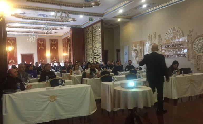 Ankara'lı Uzaltaş, İletişimi Eğitimle Destekliyor