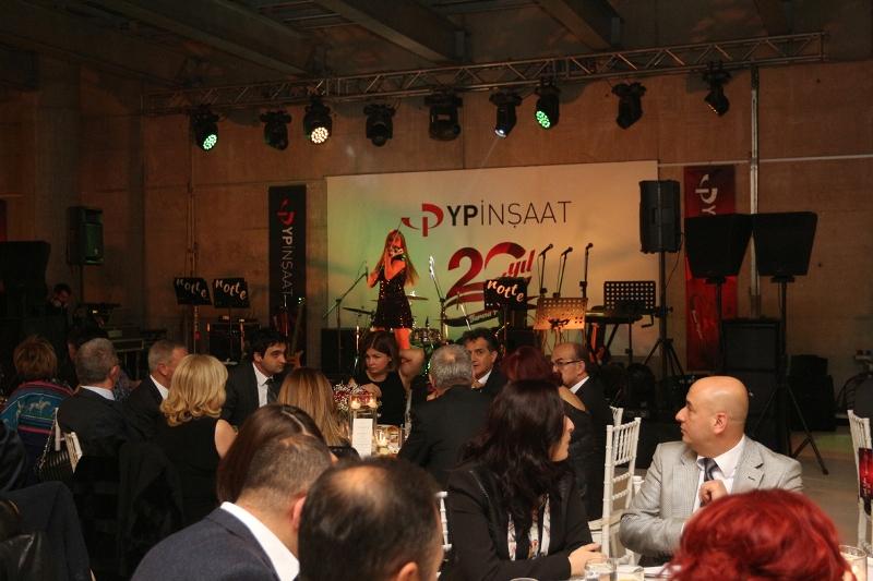 yp-insaat-20-yil-gecesi-1