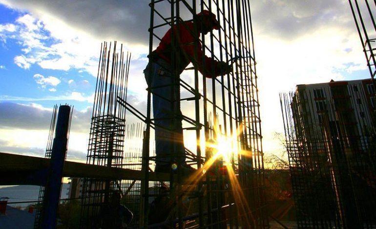 Bol keseden revizyon bol inşaat… Az büyüme