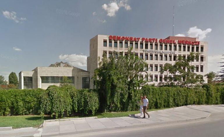 DEMOKRAT Parti'nin genel merkez binası icradan satılacak
