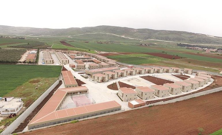 Suriyeli yetimler için 'özel köy'