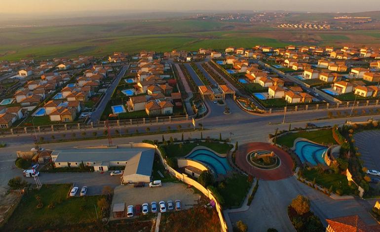 Yeni Villa projeleri, Avrupa'da Büyükçekmece Gölü Çevresi, Anadolu'da Tuzla'da Yoğunlaşıyor