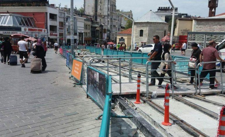 İstiklal Caddesi Şantiye Gibi