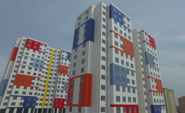 Arnavutköy belediyesi VEFA Konutları 2'inci Etabı'nın tapularını