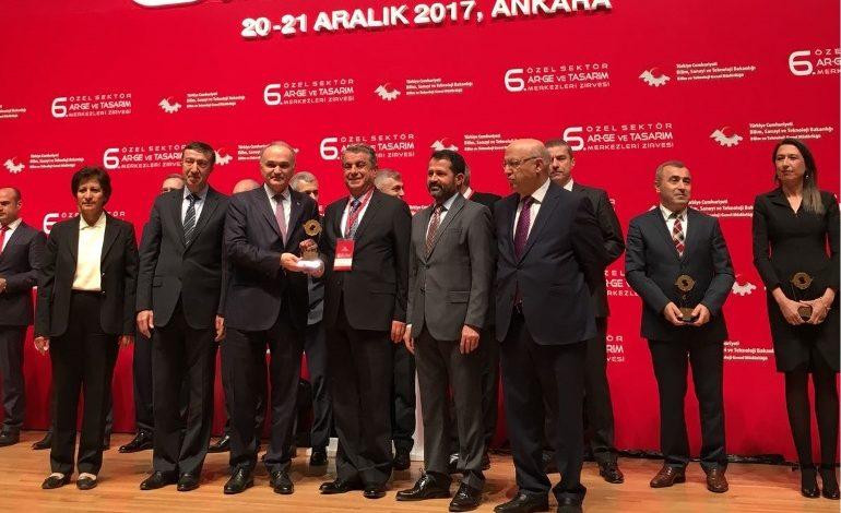 Şişecam Bilim ve Teknoloji Merkezi'ne  Fikri Mülkiyet Yetkinliği ödülü