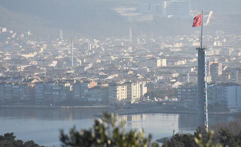 """KHK """"taşınsın"""" dedi ancak Gemlik'te belediye ruhsat vermeye devam ediyor"""