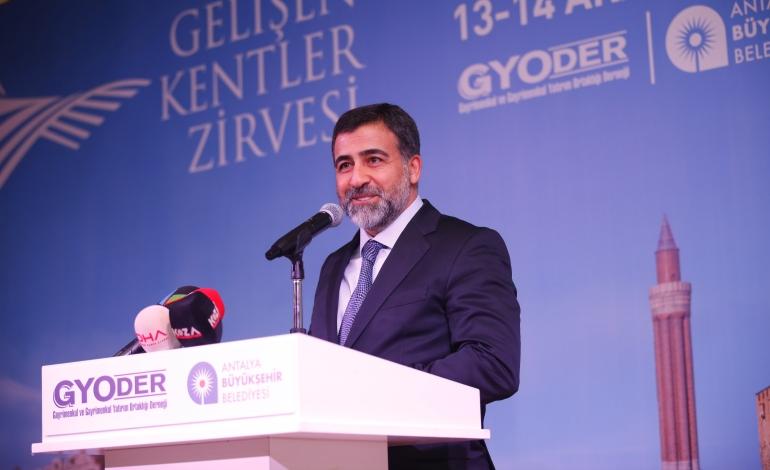 """""""Turizmin başkenti Antalya, bir şehir olarak değil, marka olarak yönetilmeli"""""""