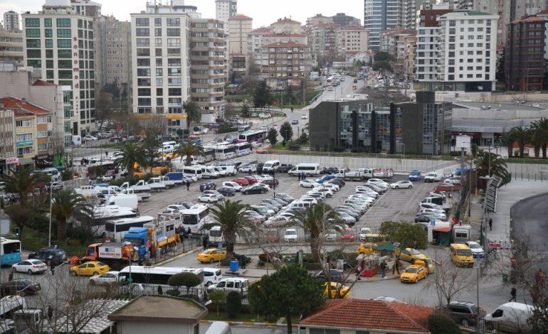İBB, Kadıköy Belediyesi Otoparkına El Koydu