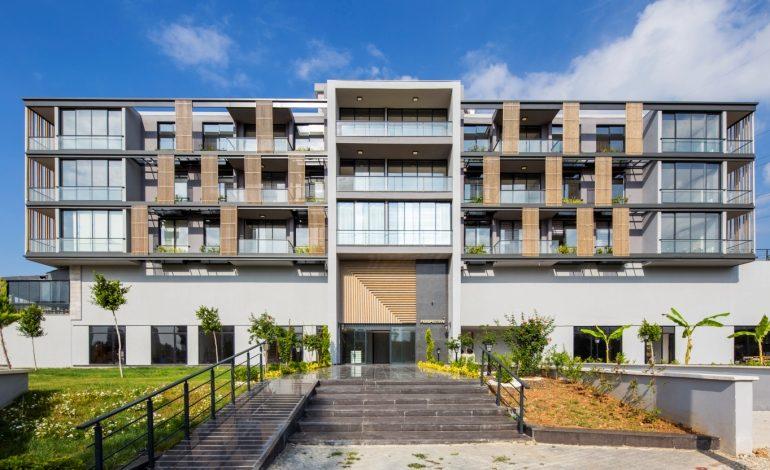 SLASH ARCHITECTS'ten Şehre Dinamizm Katan Ofis Yapısı: Perspective Ofis