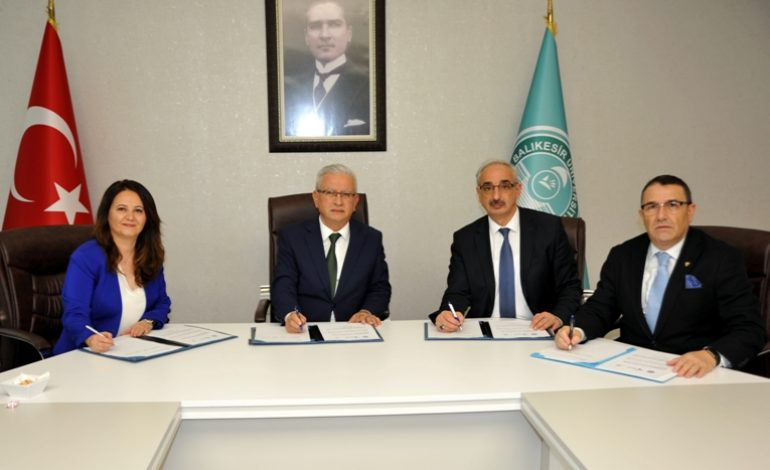 Balıkesir Üniversitesi, İŞKUR ve Şişecam'dan istihdama yönelik iş birliği