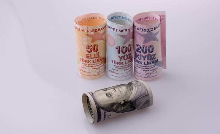 Türkiye'de elektrik fiyatları Avrupa'nın yarısı!