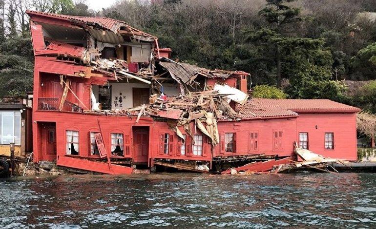 Yalıya çarpan geminin sahibi zarara karşılık 206 milyon lira yatıracak