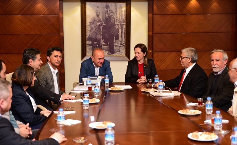 Kadıköy Belediyesi'ne bağlı KASDAŞ ile Dev Turizm-İş Sendikası arasında toplu iş sözleşmesi imzalandı