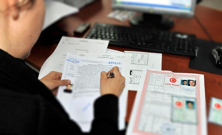 Tapu Devir İşleminin Noterde Yapılmasının Hazırlığı Yapılıyor
