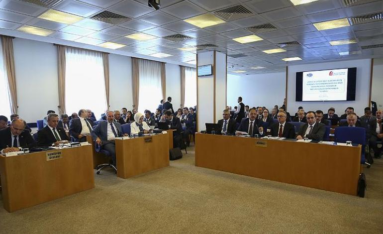 İmar barışı, borçlara yapılandırma, emekliye ikramiye tasarısı komisyondan geçti
