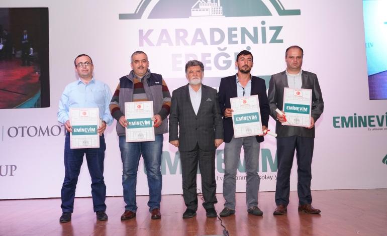 Eminevim, Karadeniz Ereğli'de tertiplediği program ile 60 ailenin tapularını teslim etti