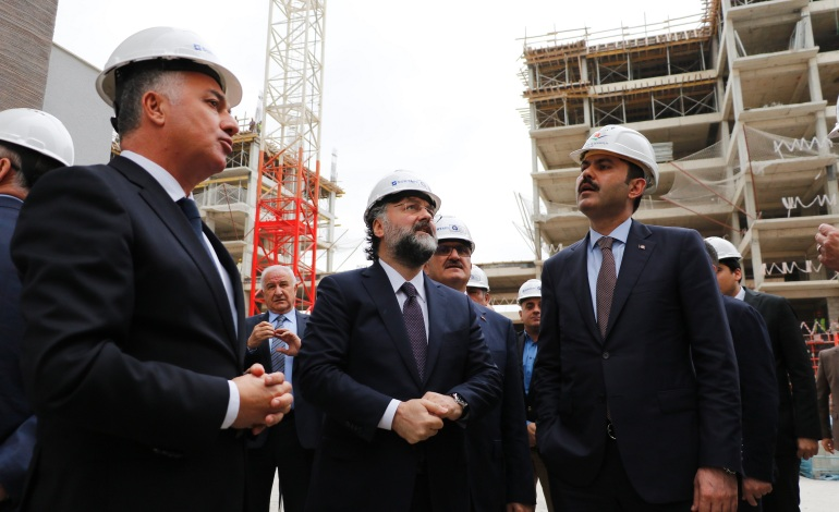 Çevre ve Şehircilik Bakanı Murat Kurum'dan Antalya'ya yeni millet bahçesi müjdesi