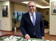 TOKİ Türk müteahhitlerini yurtdışına taşıyacak